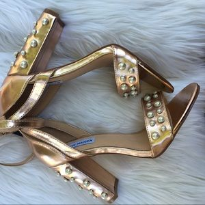 NWOT Steve Madden Madeira Rose Gold High Heels